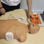 defibrillator use, how to use a defibrillator, how to use an AED, AED use